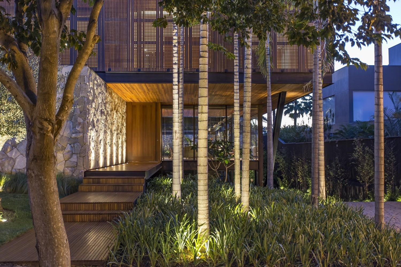 Modern Architect Magazine - Residence AB (2)