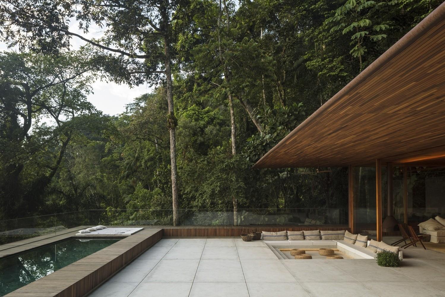 Modern Architect - RLW House